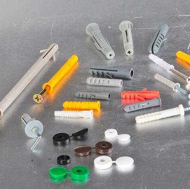 Chiny Produkcja śrubowych kołków rozporowych