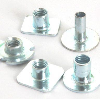 Płaska nakrętka spawalnicza ze stali węglowej cynk